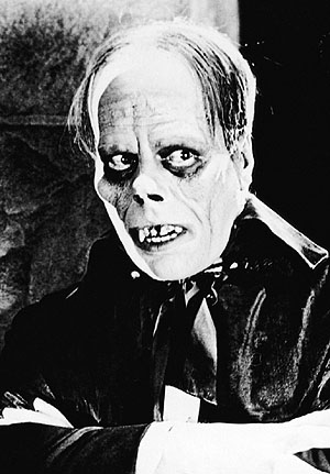 Lon_Chaney_Phantom_of_The_Opera_Cropped